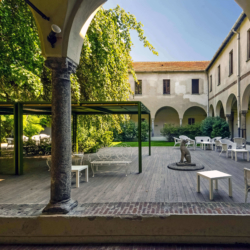 Milano_centro_città_Chiostri_del_XV_secolo