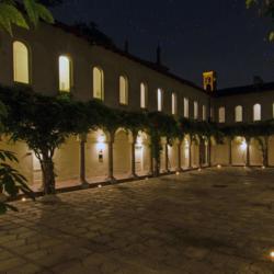 Milano_centro_città_Chiostri_del_XV_secolo2