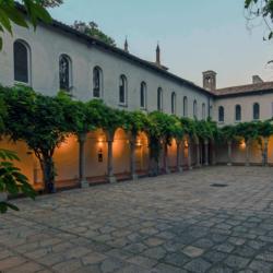 Milano_centro_città_Chiostri_del_XV_secolo3
