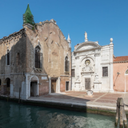 Tiffany_eventi_location_venezia_chiesa_sconsacrata_del_XIII_sec2